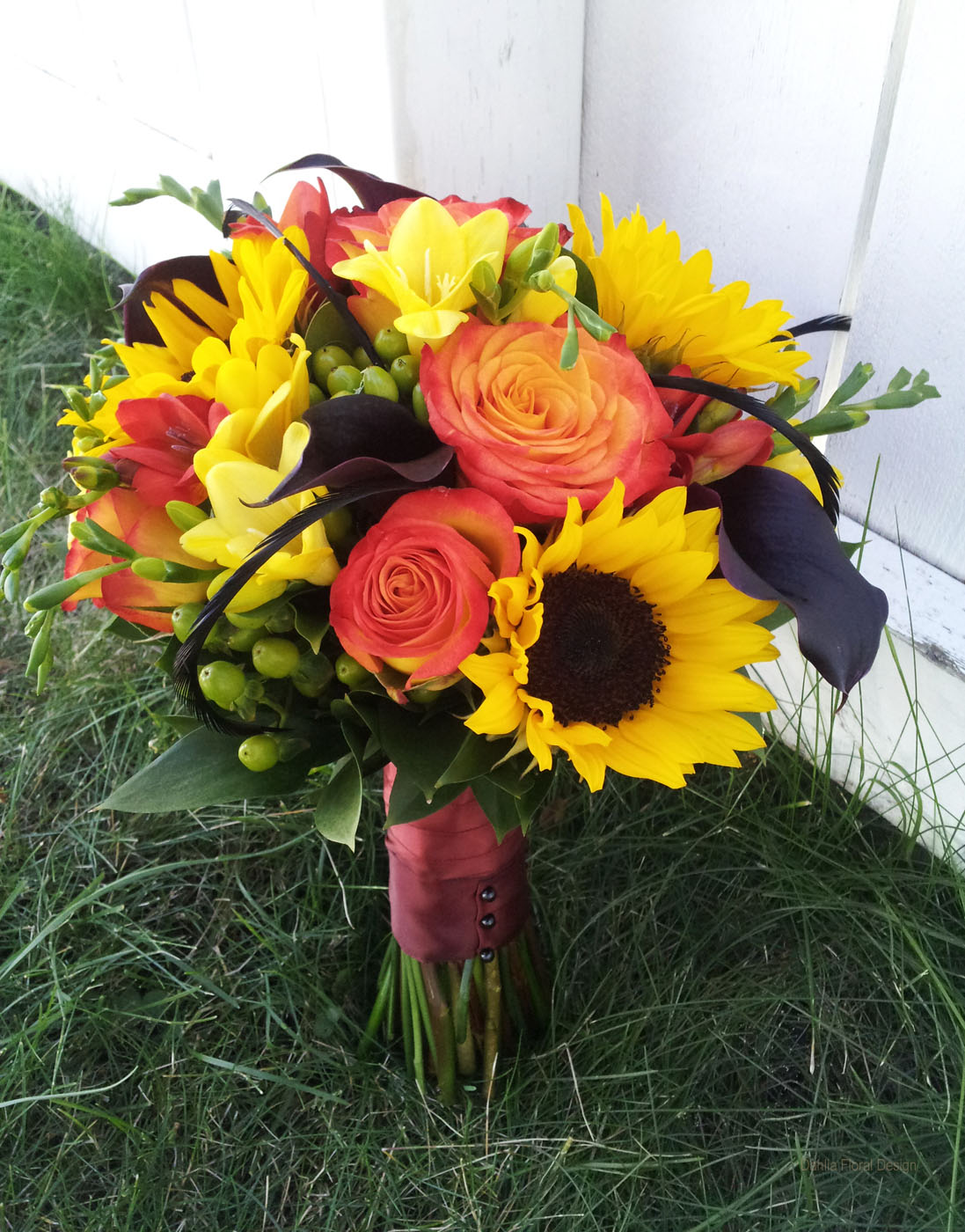 Sunflower And Pink Rose Bouquet Sunset Colored ...