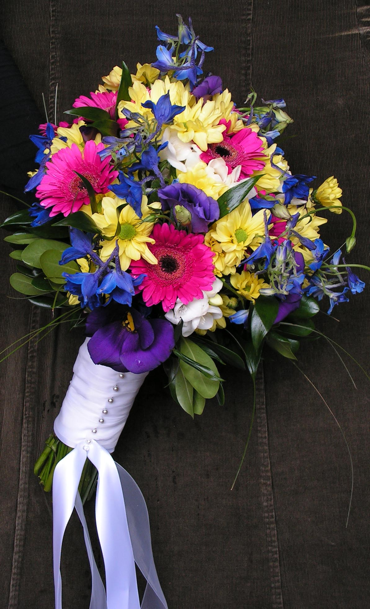 Yellow And Purple Flowers Bouquet - comousar