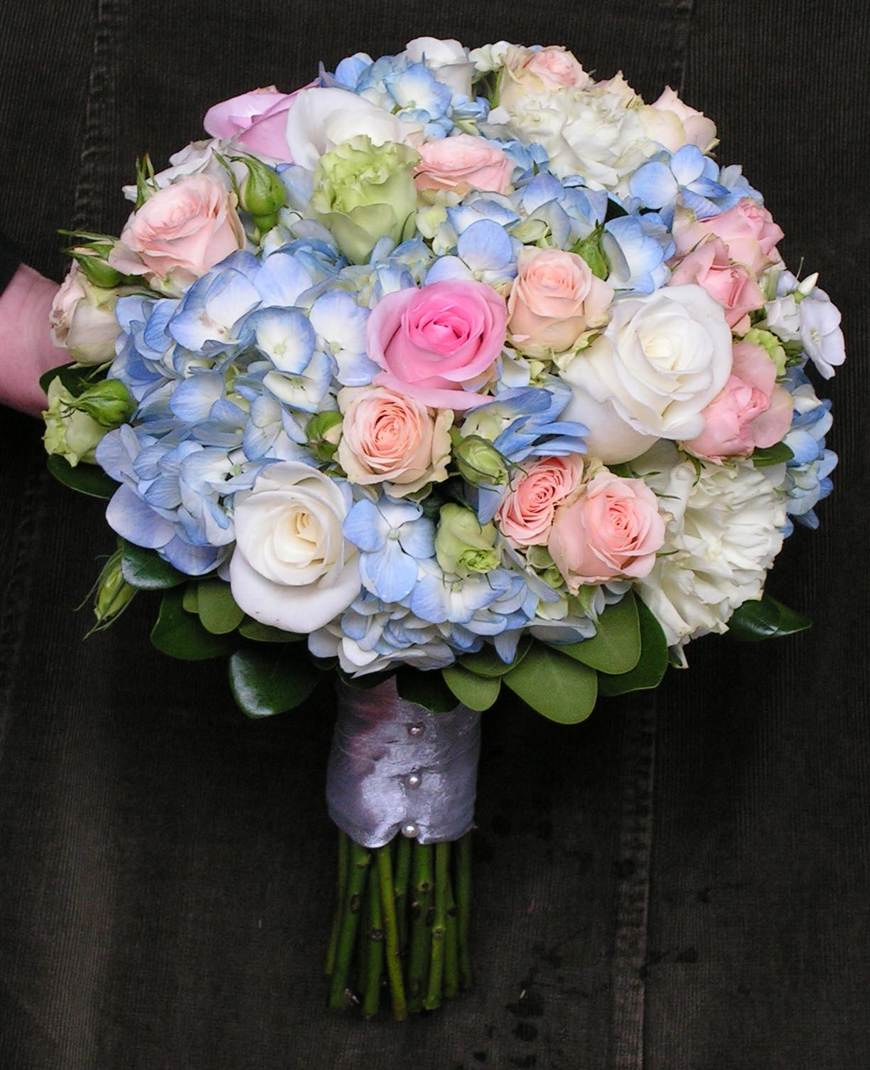 Blue Hydrangea Wedding Flowers: Pale Blue And Pink Hydrange Rose Wedding Flower Bridal