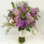 Ohhh I love me some purple bouquets!!!!!