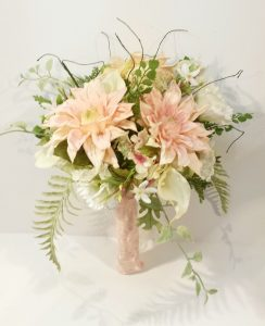 calgary wedding flowers florist real inspiration rustic natural organic loose garden bridal party bouquets dahlia floral design