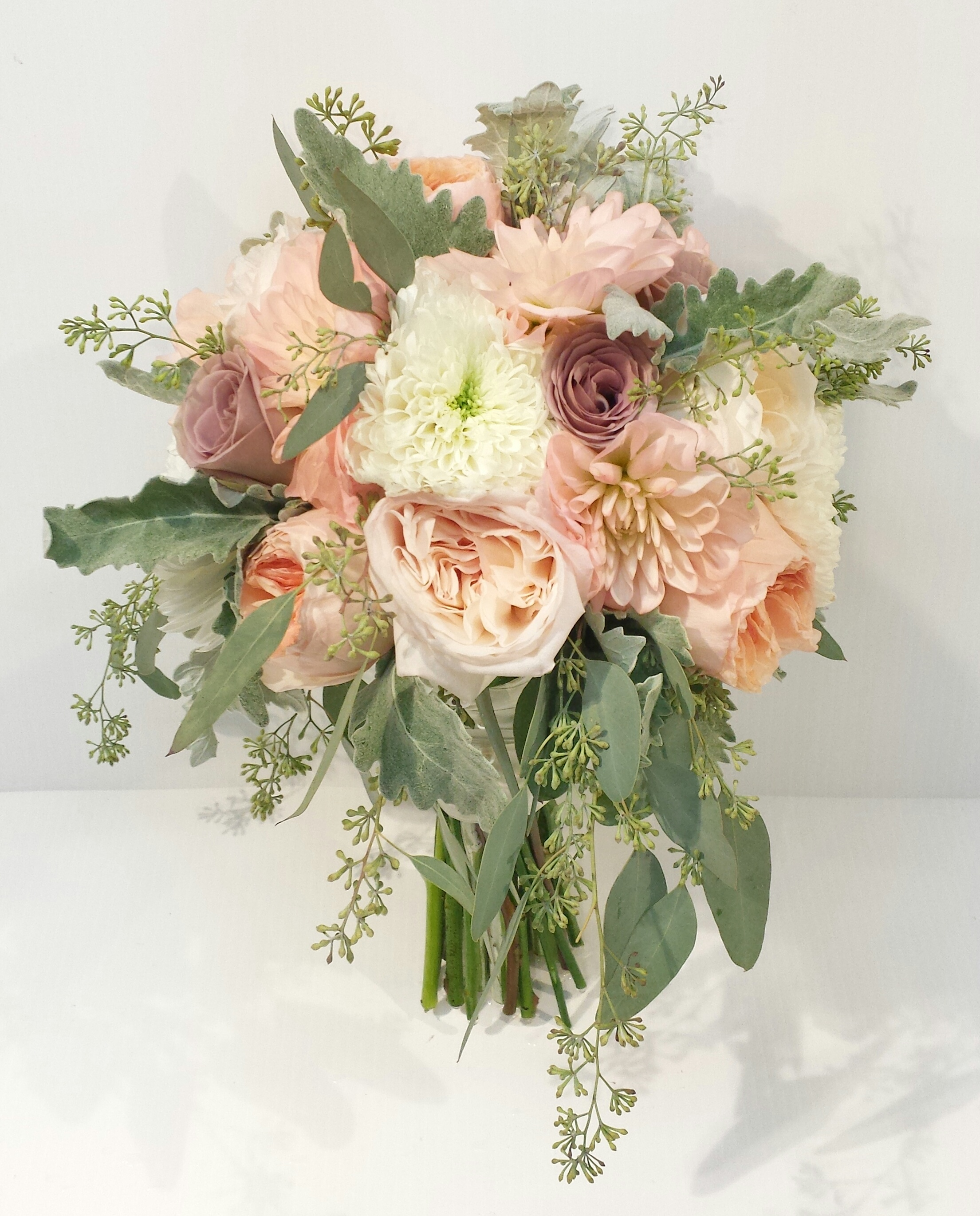 Designer Wedding Flowers: Rustic And Natural Wedding Bouquets