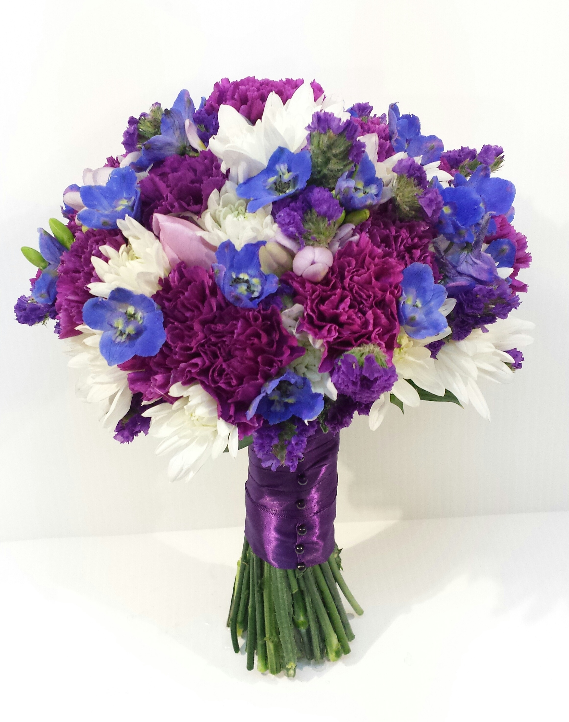 calgary wedding flowers florist dahlia floral design review testimonial recommendation compliments happy real couple