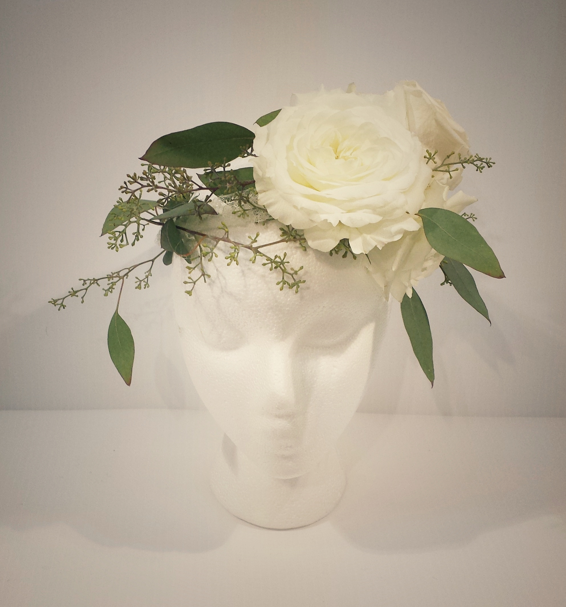 A simple but stunning Floral Head Wreath.