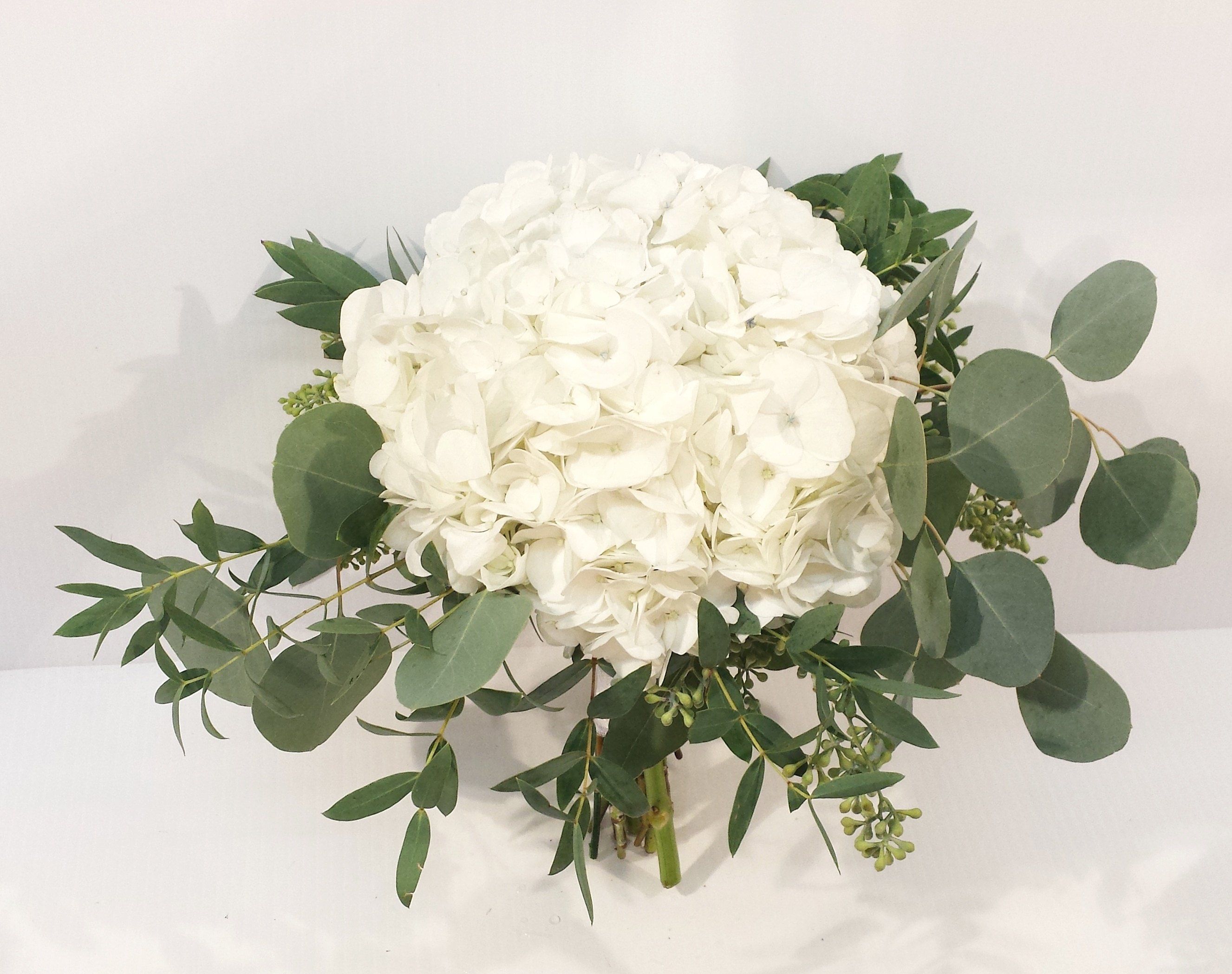 calgary wedding flowers florist dahlia floral design yyc weddings real weddings inspiration bridal bouquet wedding flowers white cream rustic natural garland